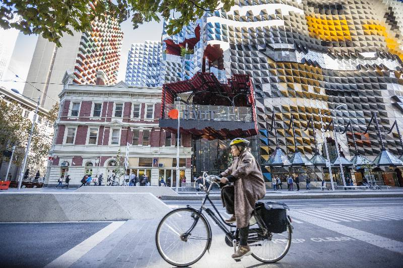 a personal view on the city of melbourne Welcome to the city of melbourne we are the local government authority for  central melbourne and the surrounding suburbs find information about council.