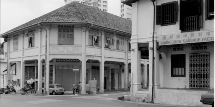 The Tampilungs used the ground floor as a garage for its residents to park their cars after work.